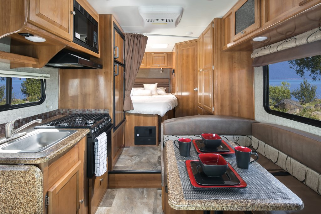 C22 Motorhome 5 Berth El Monte Vehicle Information