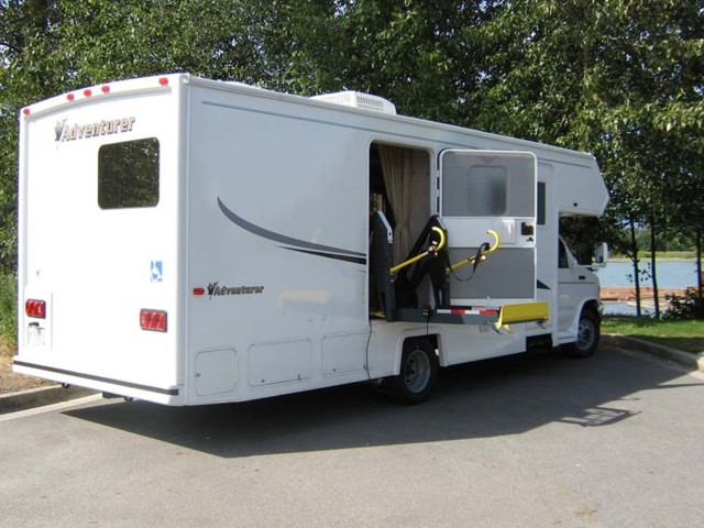 27ft Motorhome Wheel Chair Accessible 5 Berth