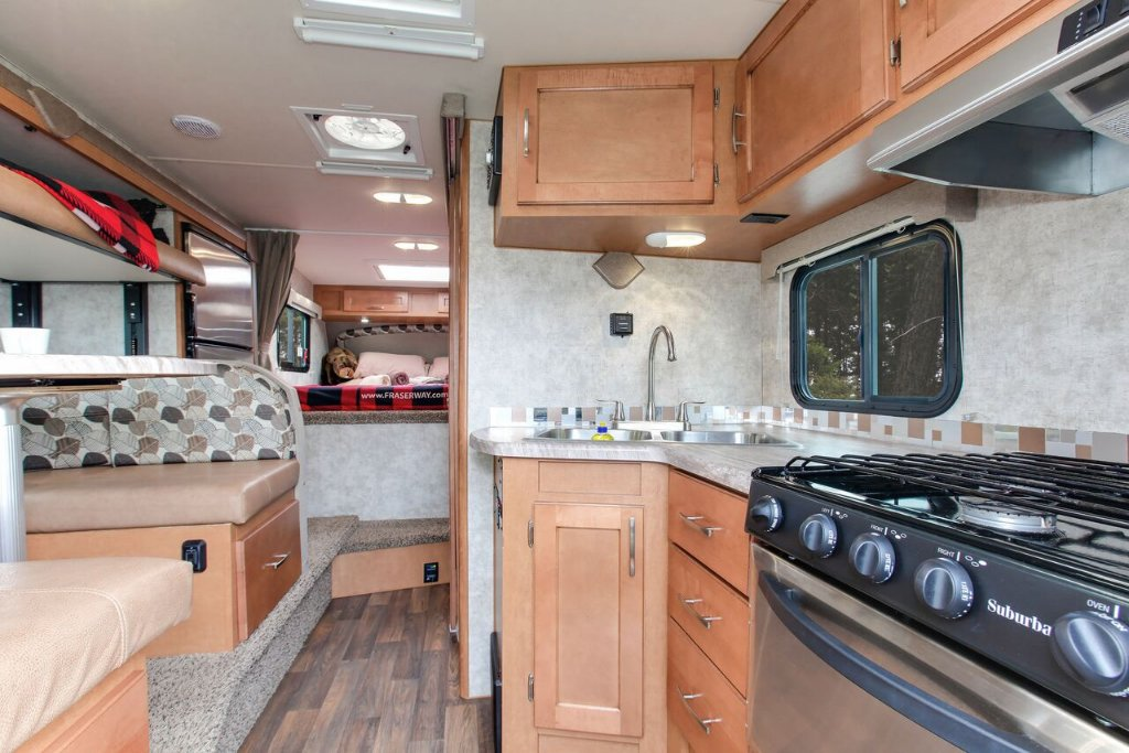 10ft Truck Camper with Bunk Beds - 3+2 Berth - Fraserway Vehicle